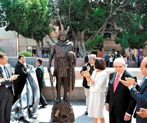 escultura-san-luis-rey-plaza-de-los-fundadores-centro-historico-c-p-78000-san-luis-potosi-s-l-p