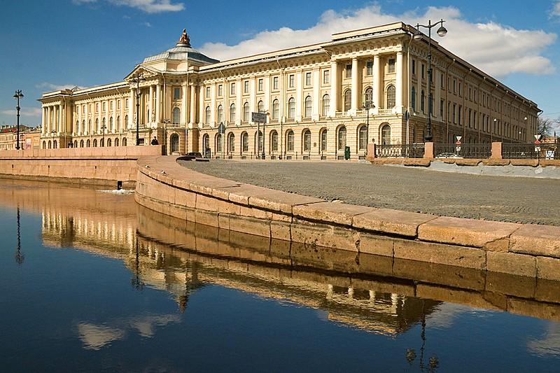 Academy of Fine Arts building on Universitetskaya Embankment designed by Vallin de la Mothe