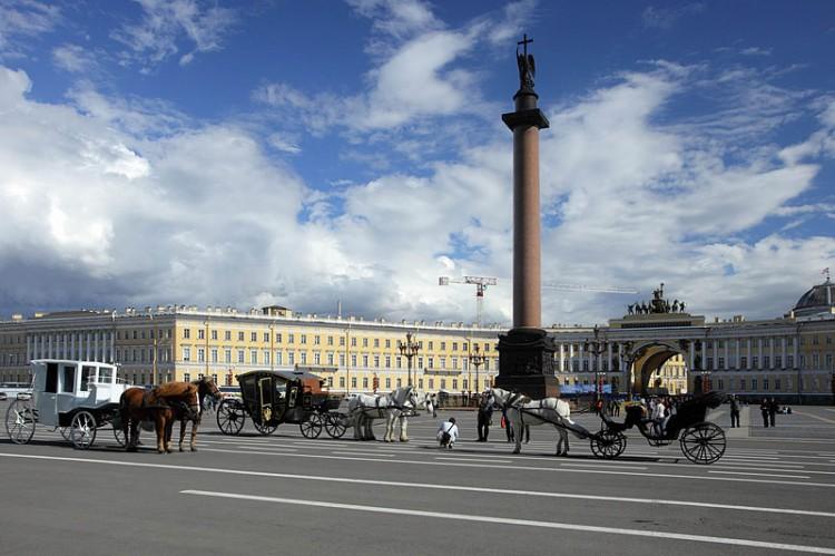 Alexander Column by Auguste de Montferrand on Palace Square