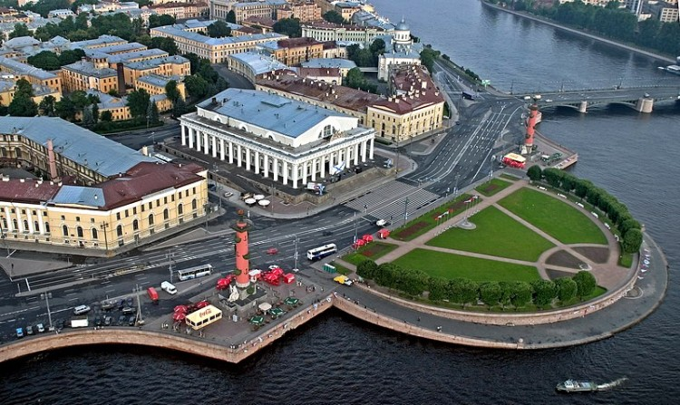 ensemble-of-the-spit-of-vasilevsky-island-in-st-petersburg
