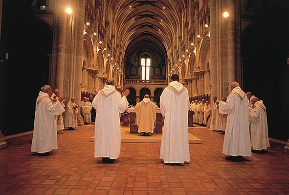cistercien Encyclopédie Larousse en ligne-imag2