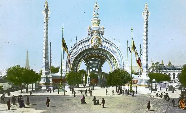 Porte d'entrée principale de l'exposition de Paris 1900 - architecte René Binet