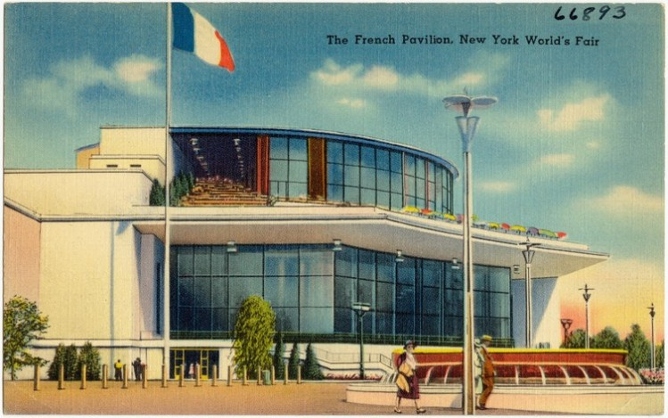 At the New York World_s Fair, the French pavilion had one of the priciest and most popular restaurants Le Restaurant Francais