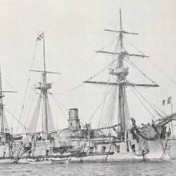 Corbeta blindada La Victorieuse, nave insignia del Contralmirante du Petit Thouars, Comandante de la Escuadra francesa del Pacífico Sur