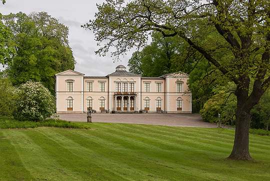 the-bernadotte-dynasty_Rosendal Palace.jpg