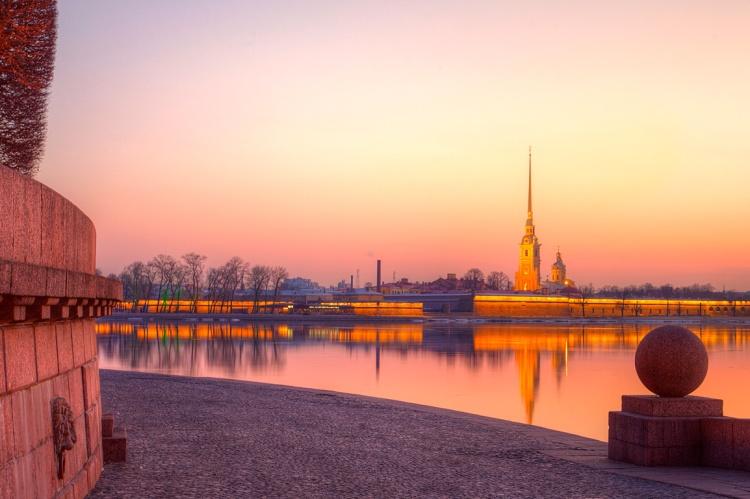 Le Saint-Pétersbourg français quand la Neva prend un air de Seine Russia Beyond