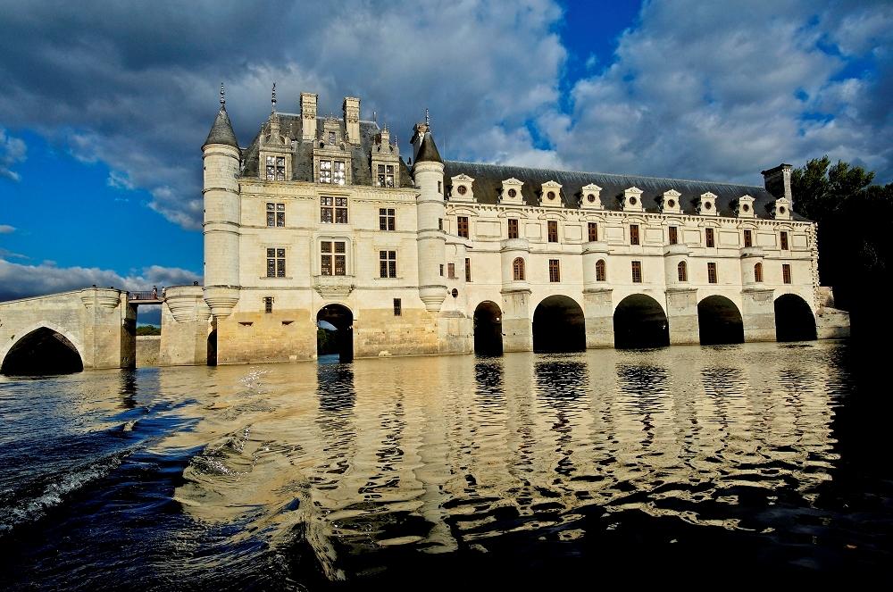 chateau-de-chenonceau-chateau-de-la-loire-en-touraine-indre-et-loire.jpg