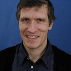Kai Peter Vincent Østberg (né en 1963 ) est historien et a notamment travaillé sur l' histoire des mentalités françaises au croisement de l'histoire sociale et de l'histoire politique. Østberg est professeur agrégé au Collège universitaire du sud-est de la Norvège .